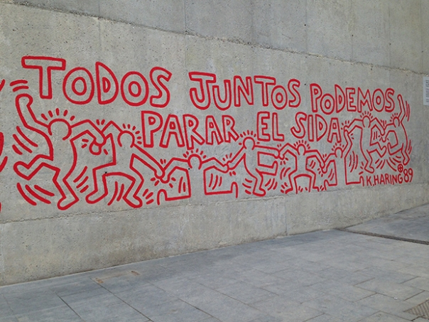 reviven-mural-keith-haring-Barcelona
